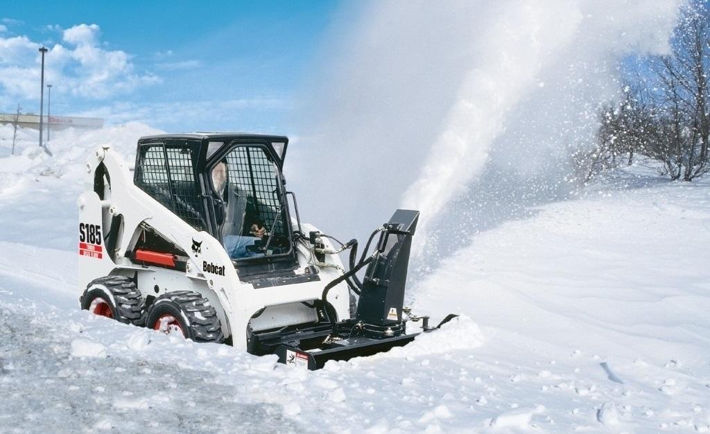 Снегометатель на мини погрузчик