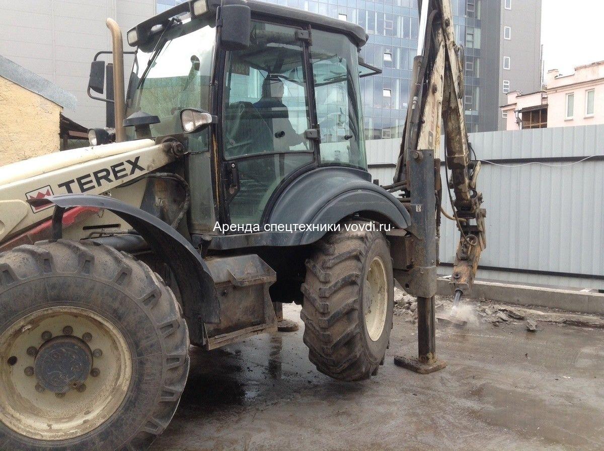Трактор экскаватор Terex 970 Elite с гидромолотом