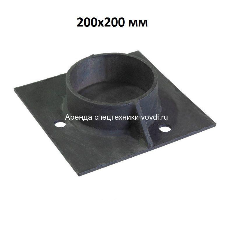 Оголовок на винтовую сваю 200x200 мм